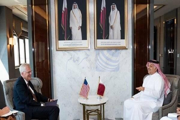 سرپرست وزارت دفاع آمریکا با وزیر دفاع قطر دیدار کرد