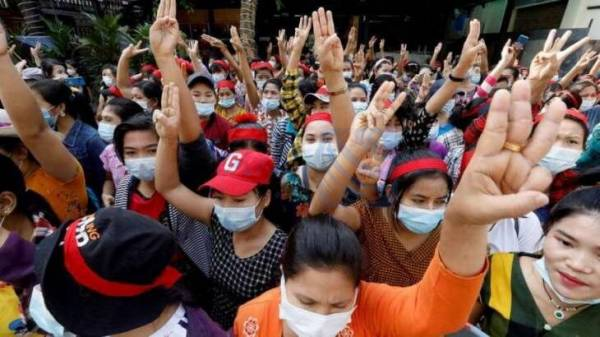 🔺 سفیر دولت برکنار شده میانمار در سازمان ملل: فورا علیه خونتا اقدام کنید