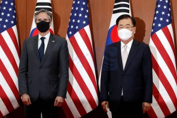 🔺 تاکید وزرای امور خارجه آمریکا و کره جنوبی در راستای خلع سلاح اتمی شبه جزیره کره