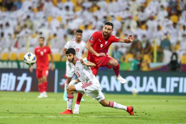 🔺 تیم ملی فوتبال نباید ستاره محور باشد/ اشتباهات خط میانی اصلاح شود