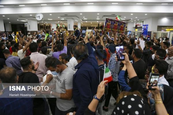 🔺 استقبال از قهرمانان طلایی مسابقات جهانی کشتی - شیراز