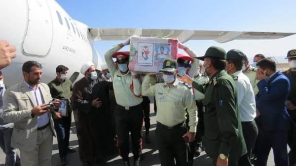 🔺 مراسم استقبال از پیکر شهید درگیری با اشرار دلگان در فرودگاه یاسوج
