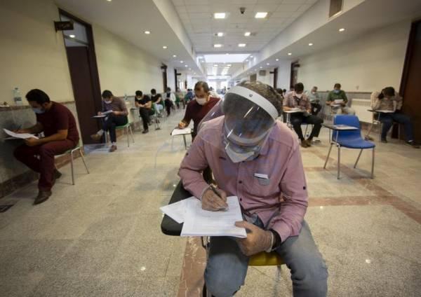 📷 فاصلهگذاری اجتماعی کنکور ۹۹ افزایش یافت